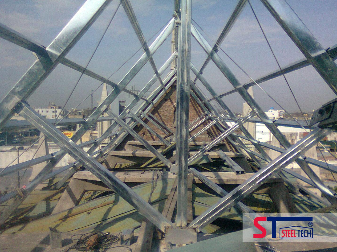 Estructuras metalicas galvanizadas for Casetas de acero galvanizado